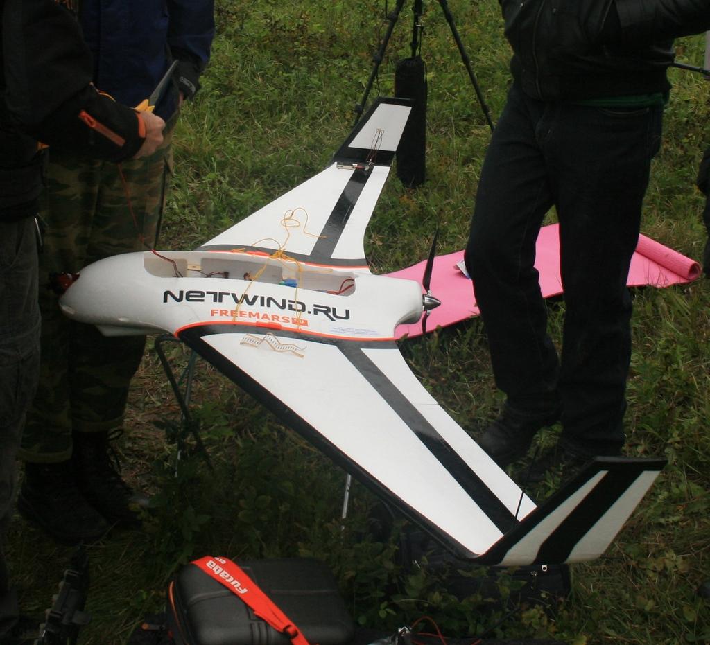 самолёт в стратосфере