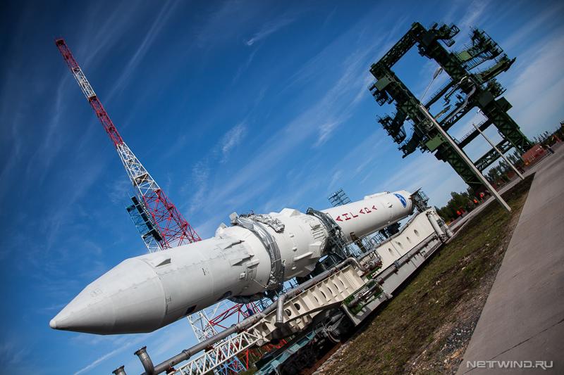 может быть высота ракеты ангара на космодроме готовой к старту натуральные материалы известны